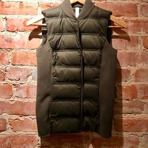 Lululemon vest with down filling